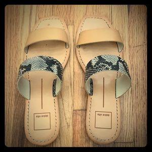Dolce Vita 8.5 tan sandal with snakeskin print